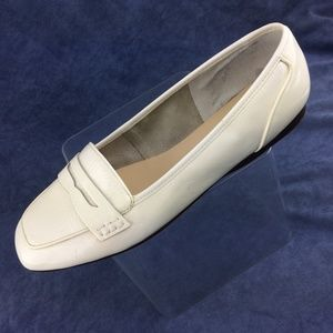 Enzo Angiolini White Patent Penny Loafer Wide